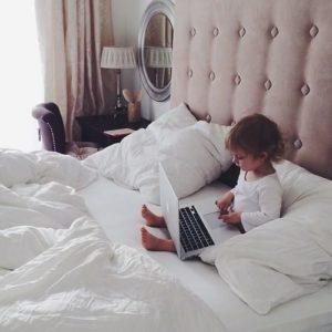 MacBookと子供
